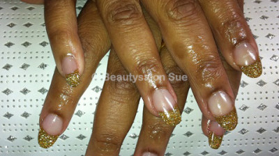 Beautysalon Sue – Gel en Acrylnagels (Nail Art)